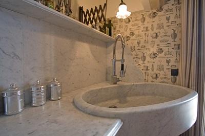 Piano Cucina in Marmo di Carrara I Marmi e le pietre Lavorazione marmo Sicilia